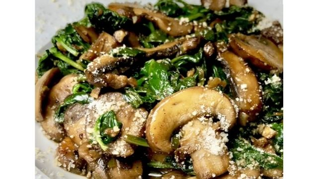 Recipe For Lobster with Spinach and Mushrooms