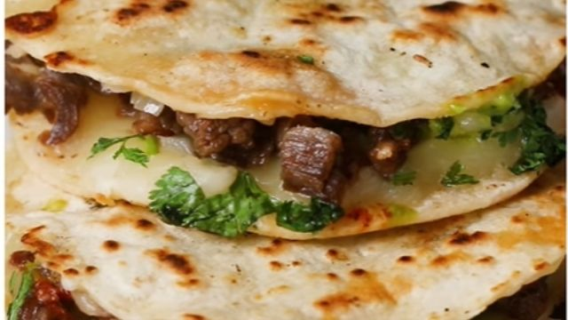 Read more about the article 5 Best Mulitas Recipe (Mexican, Birria, Taco, Barbacoa, And Carne Asada )